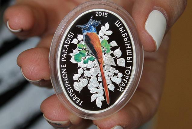 Серебряные монеты нацбанка казахстана госшвеймашина как узнать год выпуска