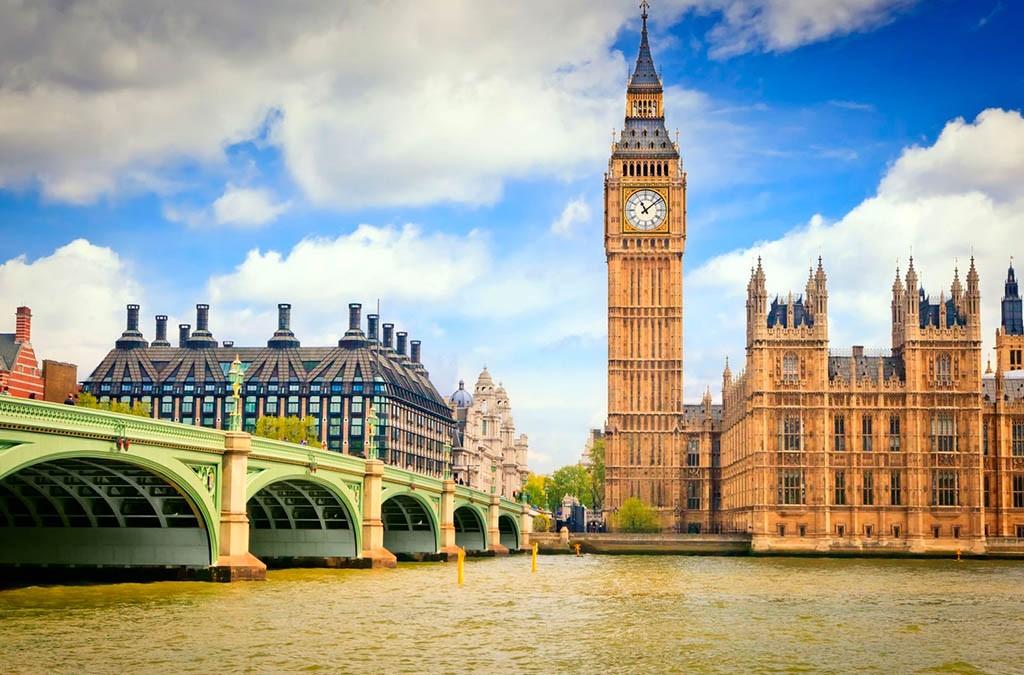 Англии запретили входить вновые торговые союзы дополного выхода изЕС