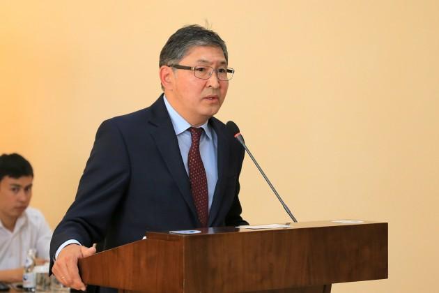 Ерлан Сагадиев разъяснил нововведения в ЕНТ