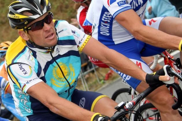 Армстронг вернул олимпийскую медаль