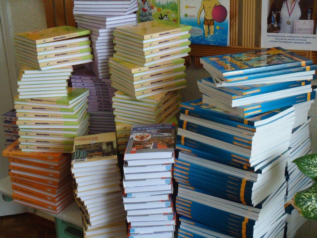 В этом году по казахстанским учебникам поступило почти 4,5 тыс. замечаний и предложений