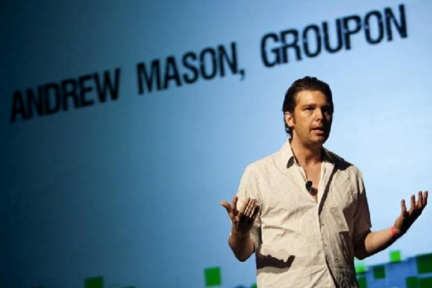 Основатель Groupon покинул компанию