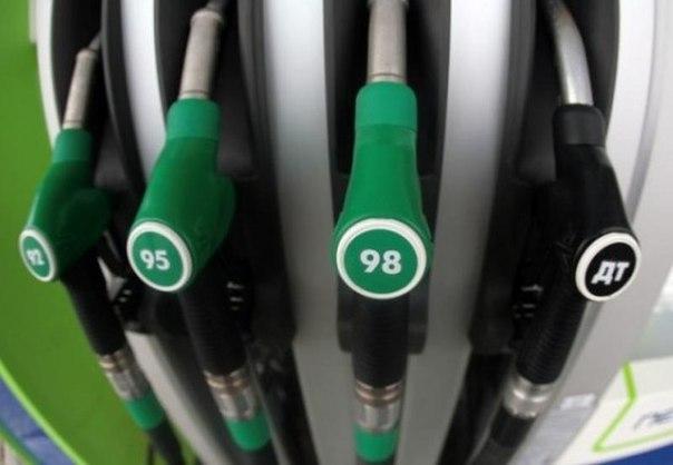 В РК цена на бензин снизится до 115 тенге