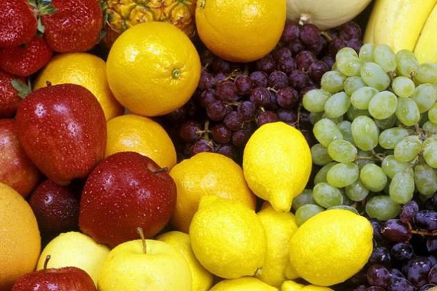 Россия ограничила импорт овощей и фруктов из Беларуси