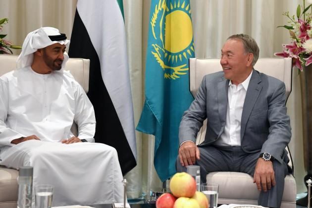 Наследный принц Абу-Даби: Мымногому учимся увас