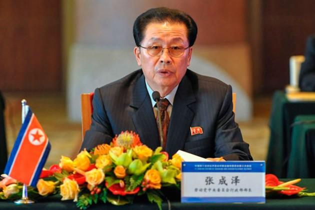 КНДР подтвердила отставку дяди Ким Чен Ына
