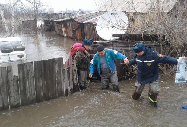 Втрех районах Восточного Казахстана сохраняется режимЧС
