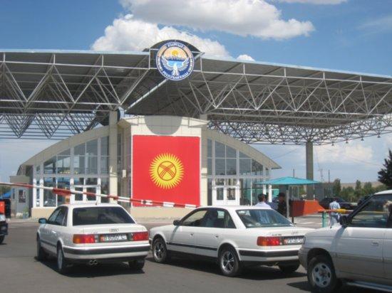 Одежду из Кыргызстана в РК нужно завозить с сертификатами