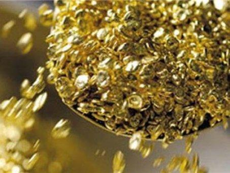 Золото подешевело на 13 долларов за один день