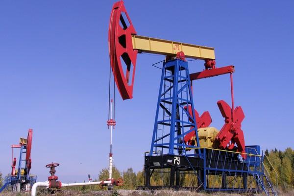 Мировые нефтегазовые компании сократят инвестиции