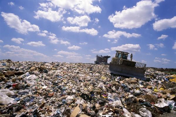 В Казахстане собираются построить 41 завод по переработке мусора