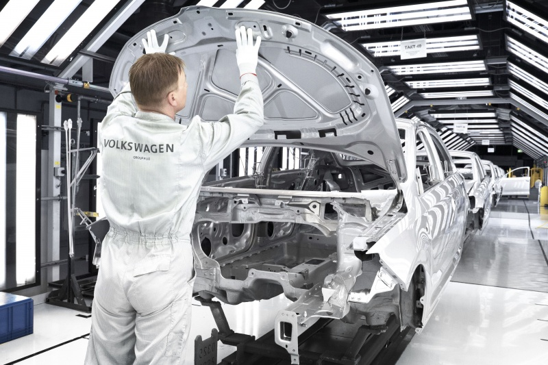 «Дизельгейт» принес VW убытков на25 млрд евро