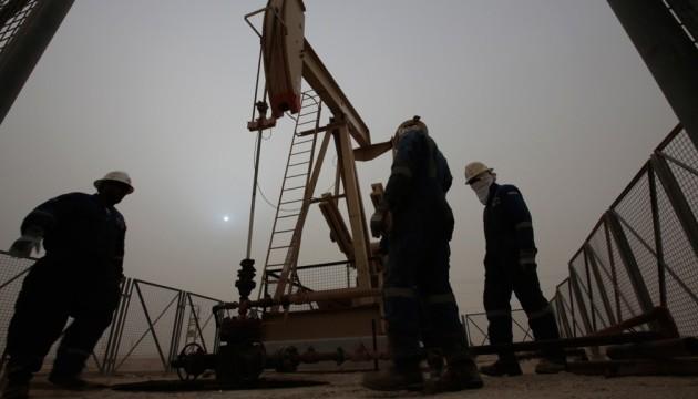 Плавающие цены на нефть тормозят экономику РК