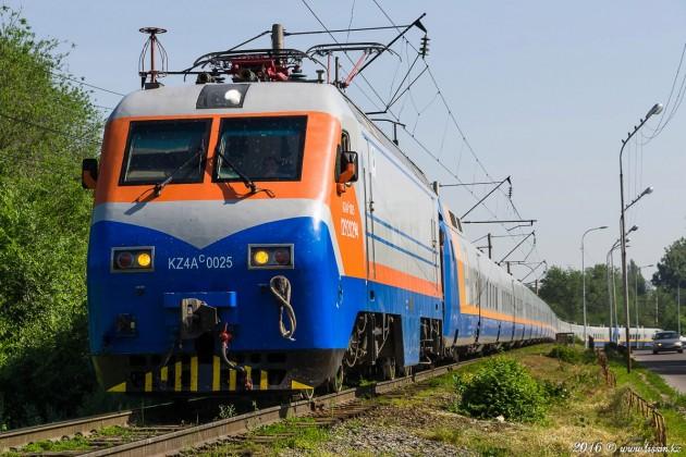 Понаиболее востребованным маршрутам вводятся дополнительные поезда