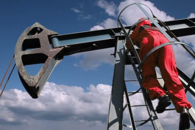 Цена нанефть марки Brent упала ниже $50