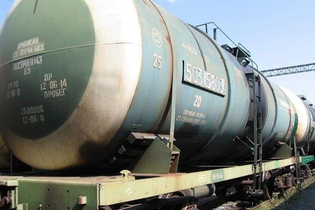 Таможня Казахстана отпустила кыргызские цистерны с ГСМ