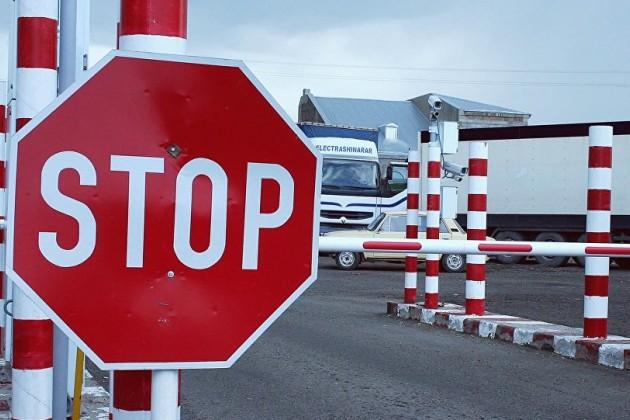На казахстанско-кыргызской границе закроют два пункта пропуска
