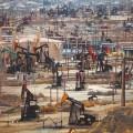 Добыча нефти вСША: рекордный рост смая 2015года