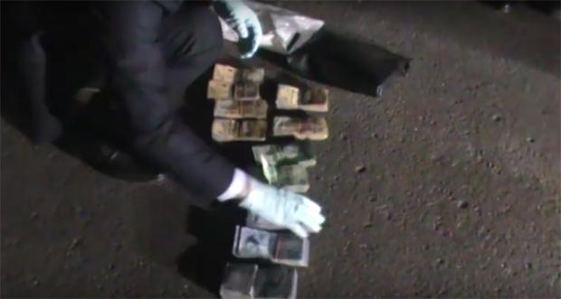 Замакима района столицы подозревается в получении взятки