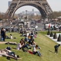 После терактов поток туристов во Францию упал на 10%