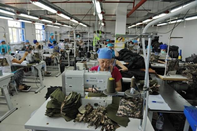 Легкая промышленность потеряла 27% активных предприятий