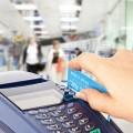 Казахстанцы все активнее переходят набезналичные платежи