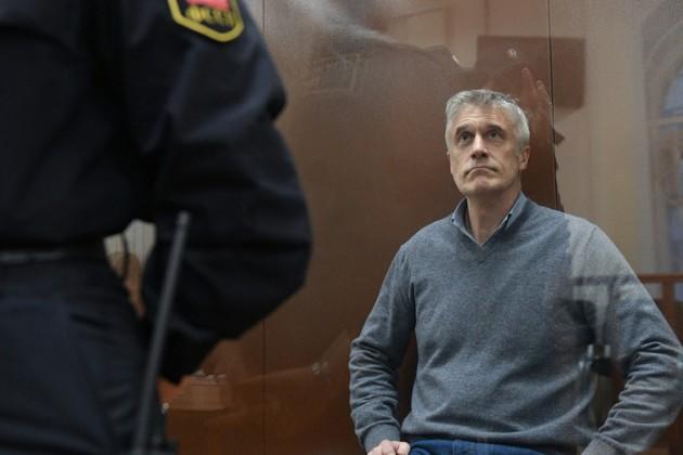 Следствие просит перевести под домашний арест Майкла Калви