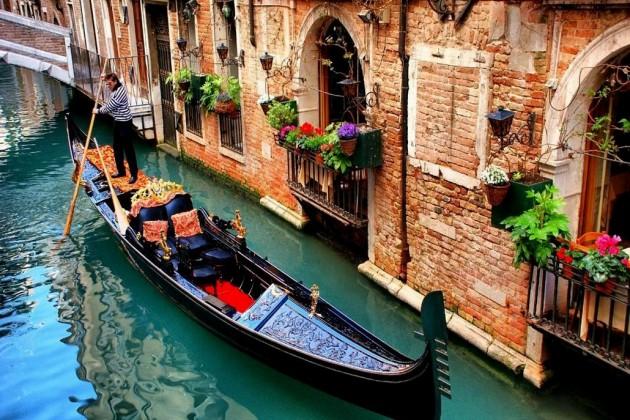 ВВенеции решили бороться снаплывом туристов