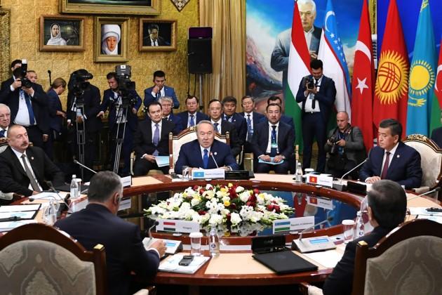 Президент предложил разработать спецпроекты при Тюркском совете