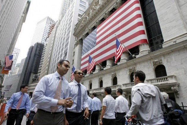 Средний доход глав крупных компаний США— $12млн