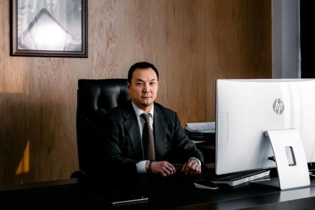 Аскар Достияров покидает пост главы Казына Капитал Менеджмент