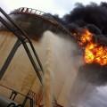 Взорвался резервуар на нефтяном заводе в Актюбинской области