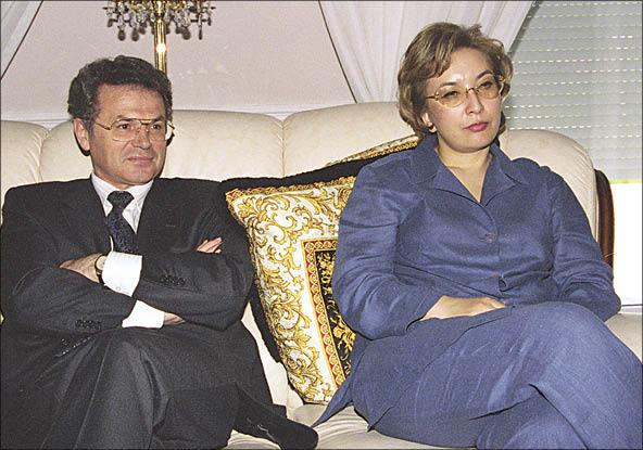 Супруги Храпуновы подозреваются в руководстве ОПГ