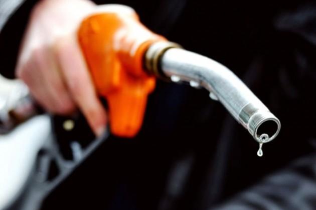 Минск оставит себе пошлины от нефти, но отдаст бензин