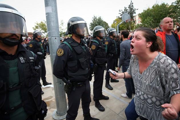 Глава Каталонии обвинил полицию Испании вприменении резиновых пуль
