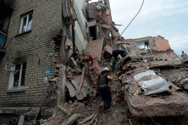 В пригородах Донецка и в Марьинке идут бои