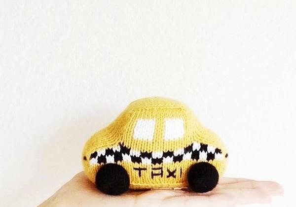 Как зарабатывают такси для детей?