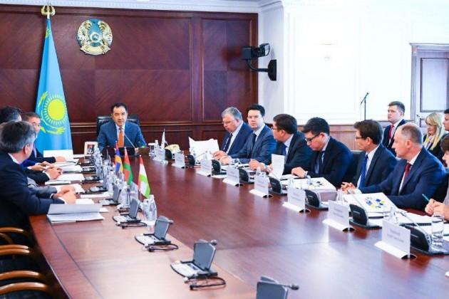 Продлены полномочия Бакытжана Сагинтаева вдолжности председателя Совета ЕАБР