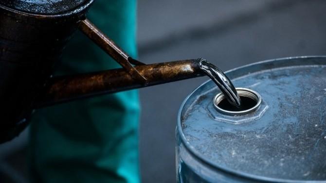 Нефть продолжает дорожать, Brent превысила $69 забаррель