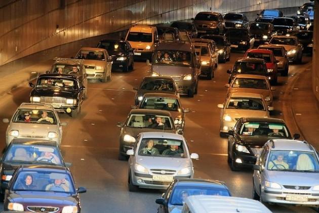 Продажи легковых автомобилей составили 65,5%