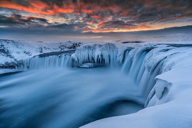 Почему туристы выбирают Страну льдов