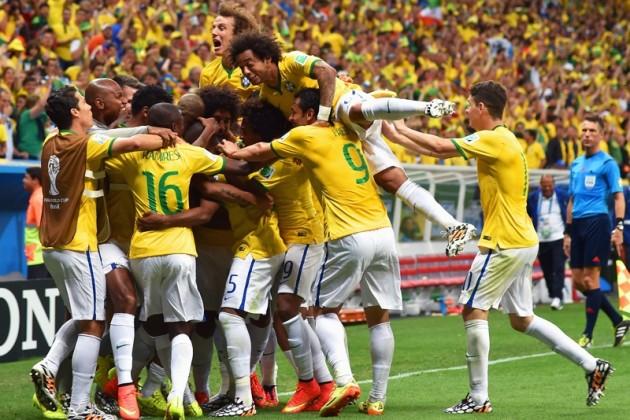 Бразилия первенствовала в группе А