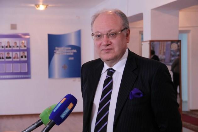 ВСемее открывается казахско-швейцарская магистратура