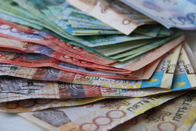Госдолг Казахстана вырос с начала года на 571,3 млрд