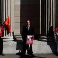 Сотрудники Банка Англии бастуют впервые за50лет