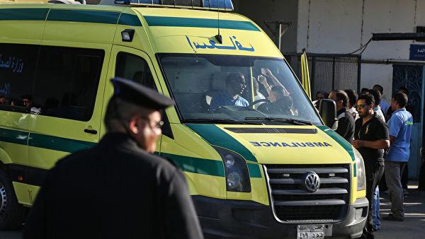 Туристический автобус взорвался близ Каира