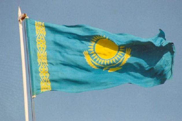 Сельского акима оштрафовали за отсутствие флага на акимате