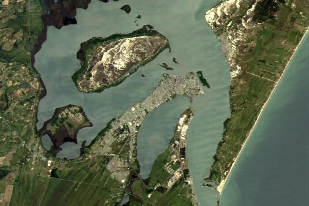 Получен первый снимок соспутника KazSTSat
