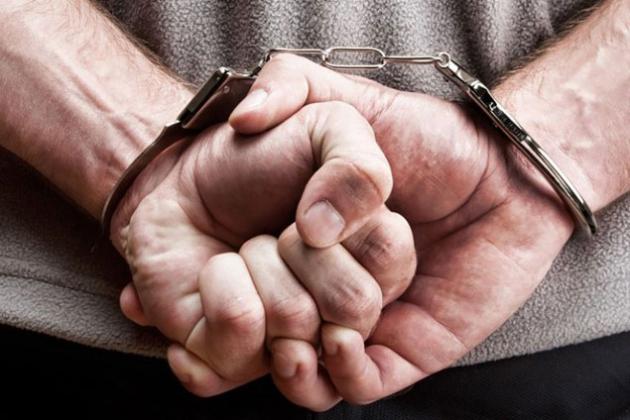 Сотрудник ДВД арестован за незаконную выдачу престижных госномеров