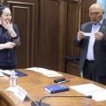 Амангельды Таспихов сдал лингвистический экзамен